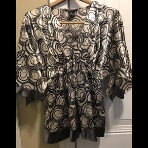 Worn once size M BCBG Maxazria blouse